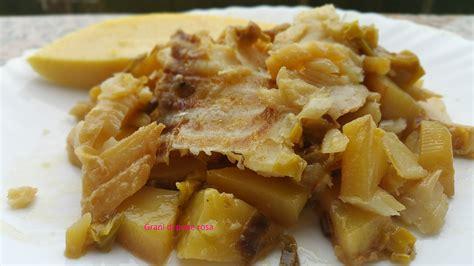 cucinare lo stoccafisso stoccafisso patate porri in padella