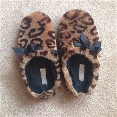 jessica simpson house slippers jessica simpson slippers on poshmark