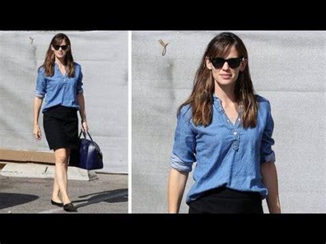 copy celeb style copy jennifer garner s easy outfit for work celeb style