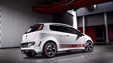 Abarth Car Wallpaper Hd by Abarth Car Hatchbacks Italian Cars Wallpapers Hd
