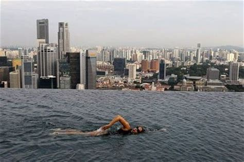 infinity pool shanghai infinity pool at the marina bay sands hotel overlooking