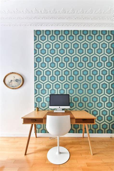 tapisser sur tapisserie bureau d 233 co chez moi scandinave industriel c 244 t 233 maison