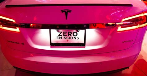 Tesla Plates Australia Wants To Kill The Energy Program That Helped Make