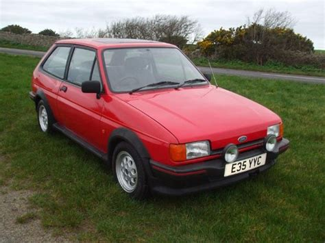 ford fiesta xr  aca  january   sale car  classic
