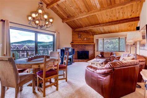 Airbnb Cabins Colorado by 11 Luxury Colorado Cabins You Can Rent For Cheap On Airbnb