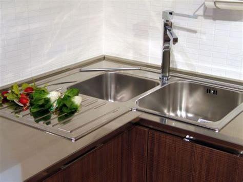 lavelli cucina ad angolo lavello ad angolo idee di design per la casa excelintel us