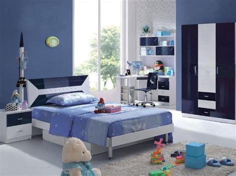 wallpaper anak cowok 5 contoh dekorasi kamar anak sesuai karakter cerianya