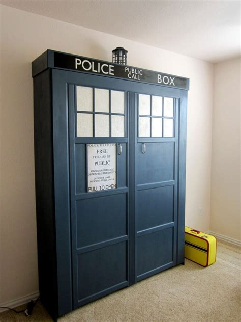 tardis murphy bed catch  allons zzzzzs