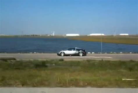 bugatti crash gif image bugatti veyron crashes into lake size 600 x 405