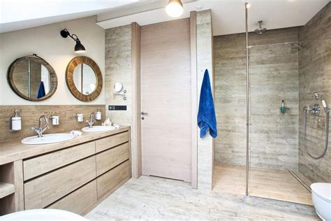 attic modern master bedroom  bathroom decor digsdigs