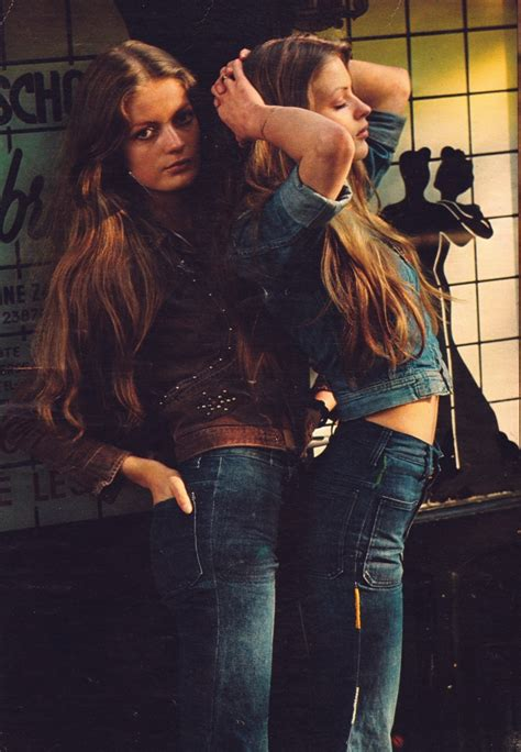 sexy 70s style super seventies girls in 70s denim fashion