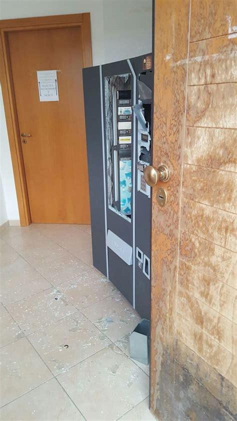 comune di erice ufficio anagrafe furto negli uffici comunali di cobello