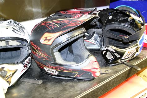 kali motocross helmets tech tuesday dh helmet vs motocross helmet which is