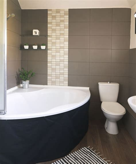 new bath credit step inside this personality packed home in hshire