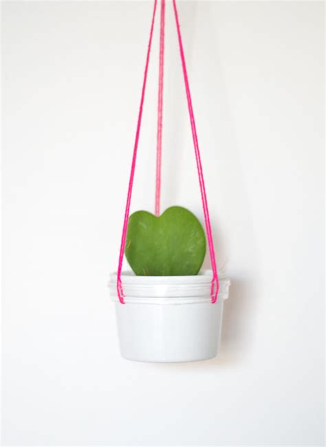 diy hanging planter diy hanging planter home decorating trends homedit
