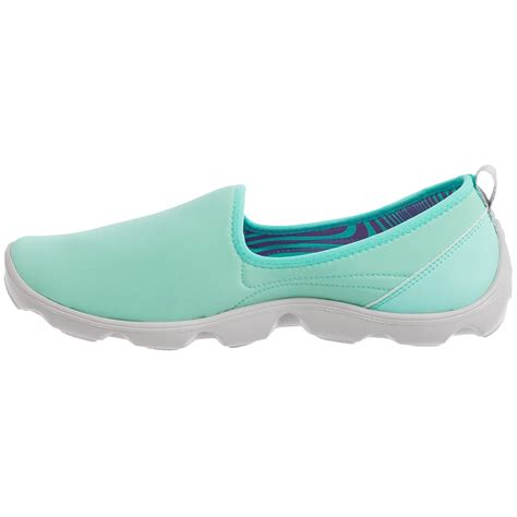 Crocs Duet Skimmer Sport Busy Day Spt292 crocs duet busy day stretch skimmer shoes for save 54