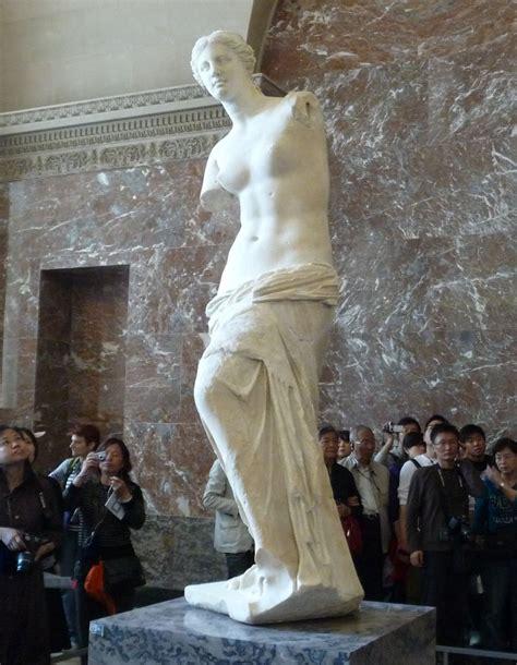 venus de milo doing paris museums the aussie nomad