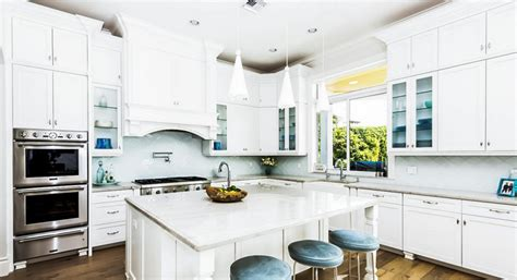 how to decorate a white kitchen how to decorate an all white kitchen propertyroom360