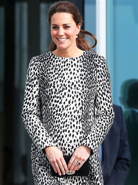 princess kate pregnant princess kate steps out in dalmatian print coat people com