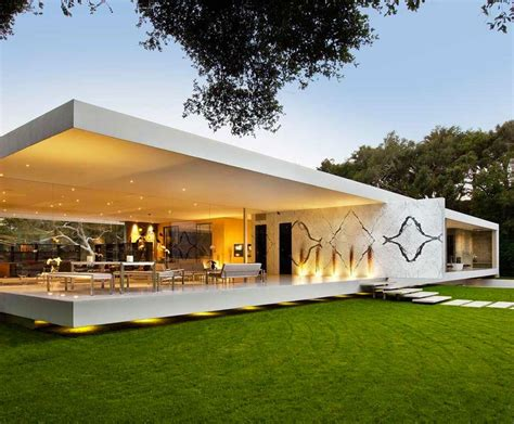 minimal homes the glass pavilion an ultramodern house by steve hermann