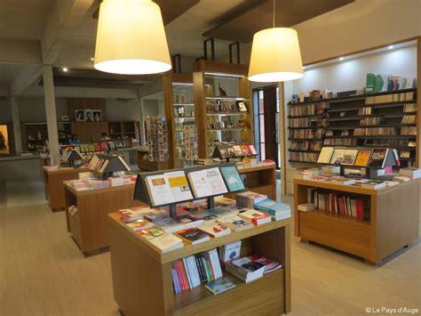 librerie religiose la librairie du retrouve ses anciens locaux actu fr