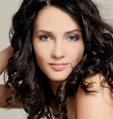 Wavy Hairstyles Medium Length Hair by Medium Length Wavy Hairstyles Circletrest