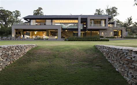 farmhouse com modern farmhouse