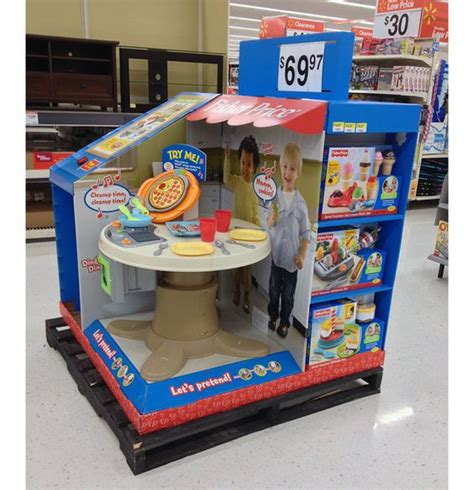 Fisher Price Servin Surprises Kitchen And Table Fisher Price Servin Surprises Kitchen Table напольные дисплеи Kid Kitchen