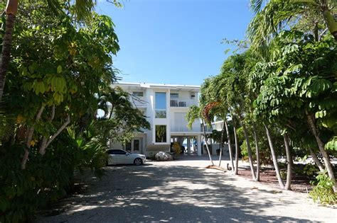 key largo houses for sale key largo real estate and homes for sale christie s