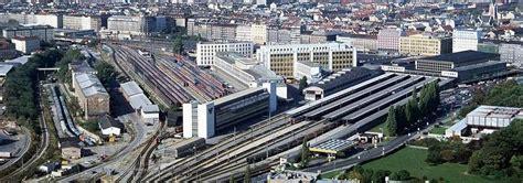cafã la sentinella l ultimo treno ha lasciato la stazione sud di vienna
