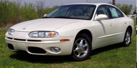 small engine maintenance and repair 2002 oldsmobile aurora windshield wipe control oldsmobile aurora picture used car pricing financing and trade in value