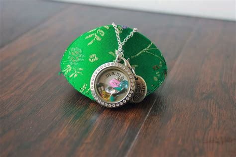 Origami Owl Review - origami owl review and giveaway the fashionista momma