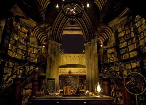 Dumbledore?s Office at Hogwarts Desktop Wallpaper