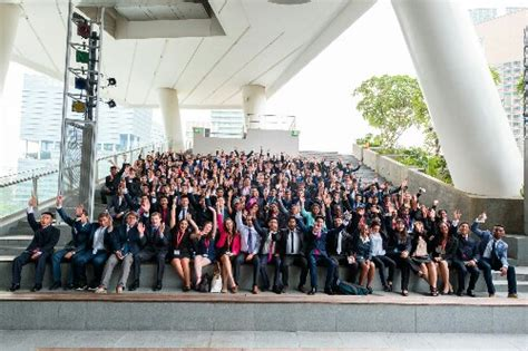 Scholarship For Mba Abroad by Reasons Why You Must Pursue A Global Mba