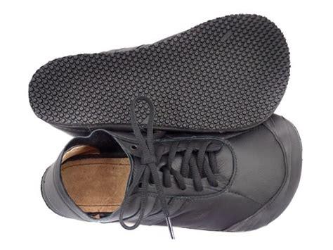 shoes with wide toe box black minimalist primal runamocs softstar shoes