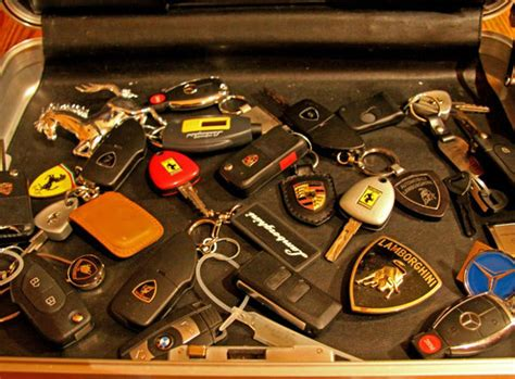 Dompet Stnk Mobil By Sumber Aras 15 benda ini penting tapi kamu sadar nggak kalau malah