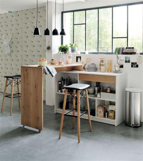 Superbe Table De Cuisine Moderne En Verre #4: bar-avec-plan-de-travail-pivotant-fonctionnel-dans-la-cuisine_5454494.jpg