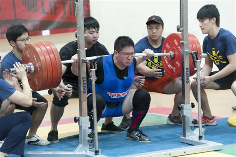 olympic bench press rules powerlifting a photo story