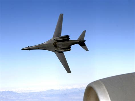 a b file b 1b lancer showing its belly jpg wikimedia commons