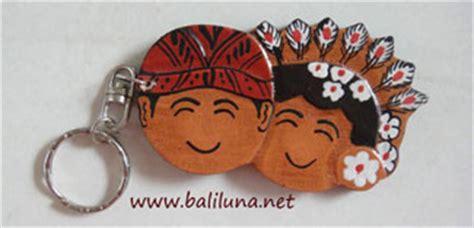 Souvenir Pernikahan Gantungan Kunci Angklungkartu Ucapan Nama souvenir pernikahan murah gantungan kunci 01 souvenir pernikahan murah khas bali