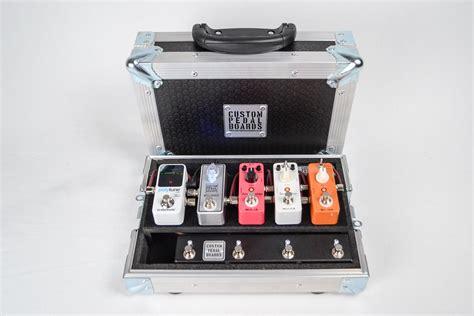 Handmade Pedal Board - image gallery mini pedalboard