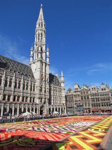 bruxelles turisti per caso bruxelles grand place viaggi vacanze e turismo turisti