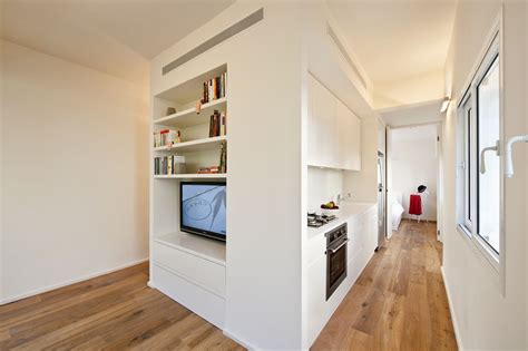 How Big Is 400 Square Meters by Small Apartment In Tel Aviv With Functional Design