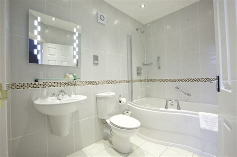 nice bathroom small nice bathrooms widaus home design