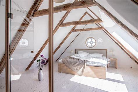 land schlafzimmer designs das schlafzimmer liegt im obergeschoss des haupthauses der