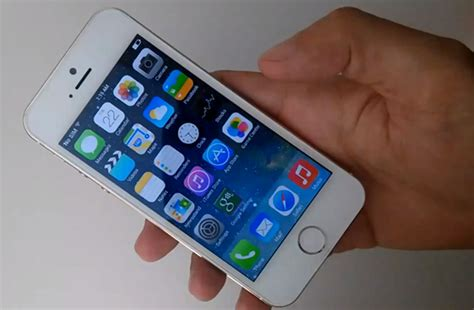 Hp Iphone 5s Gold Replika gold iphone 5s runs android news gadget reviews technology news apple