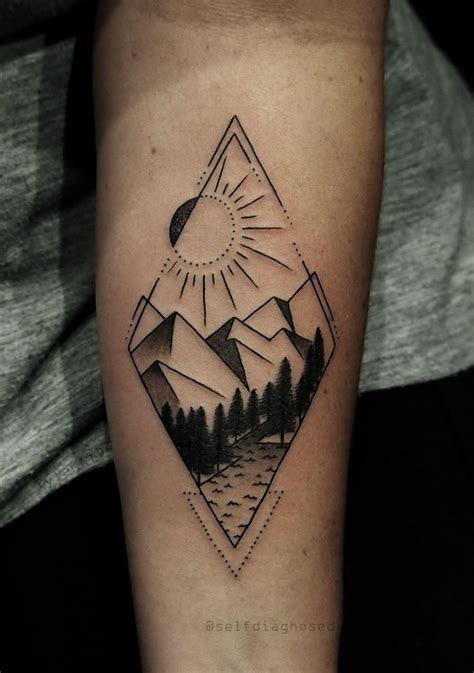 geometric tattoo california the 25 best geometric mountain tattoo ideas on pinterest
