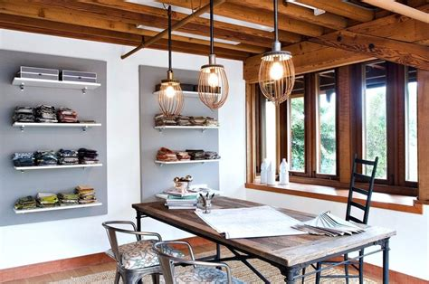 industrial style exposed track lighting find out how you industri 235 le l interieur insider