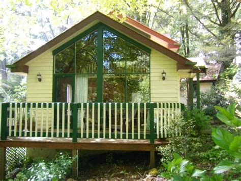 kookaburra cottage and decking picture of cambridge