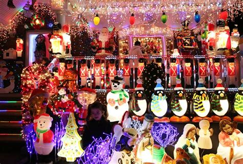 must see christmas lights in nyc s five boroughs mommy